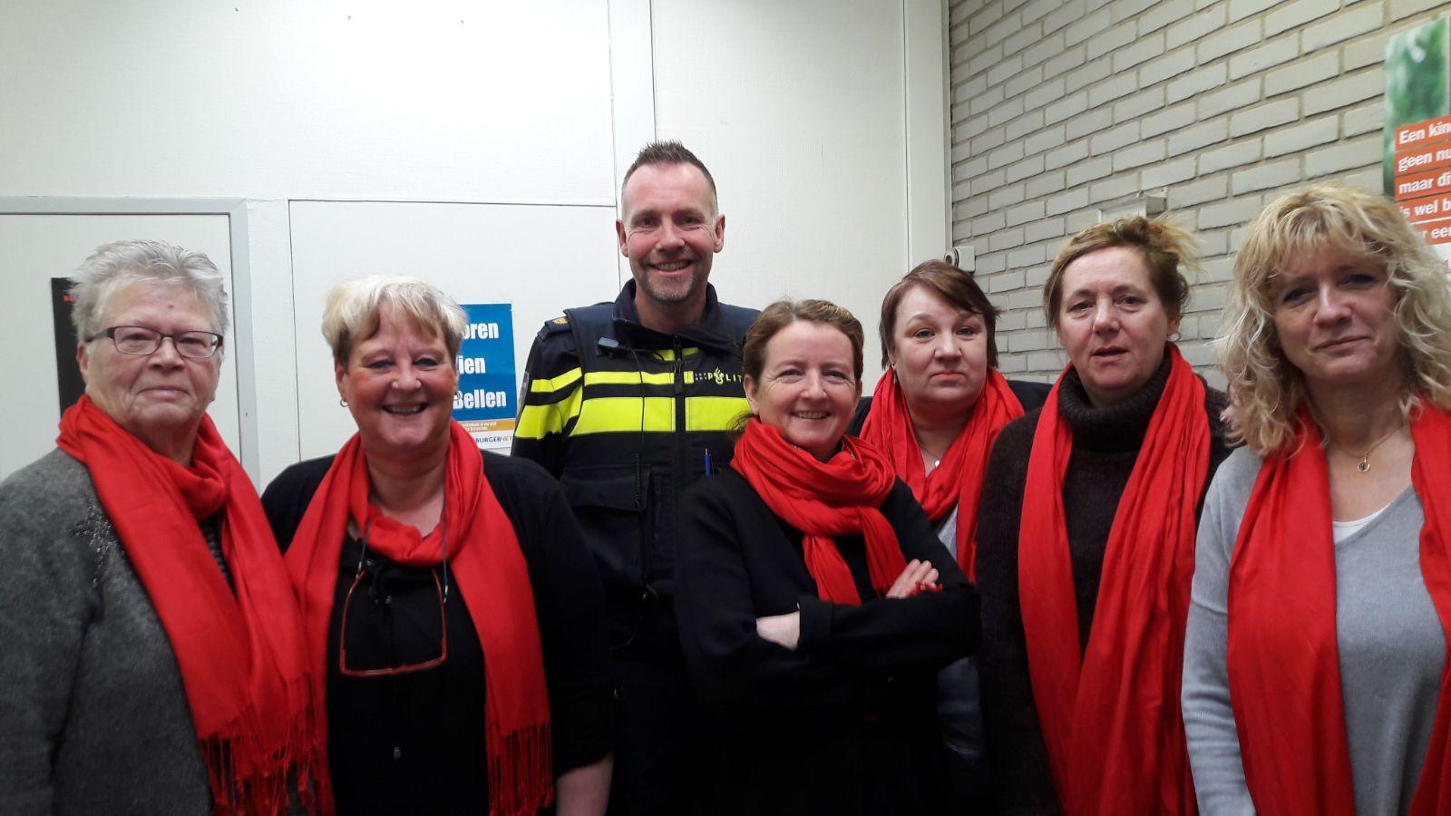 pvda rooie vrouwen wijkagent